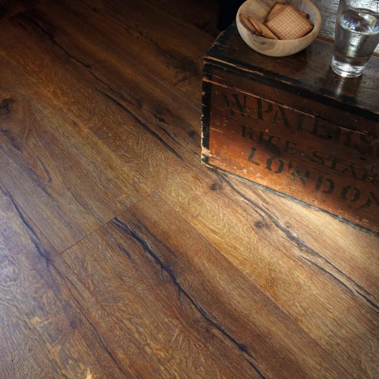 Eiche Heritage rustikal Essentials Tarkett - Laminat Tarkett Essentials