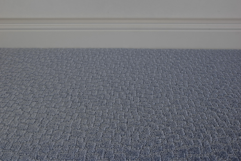 blauer teppichboden bei raumtrend hinze kaufen. Black Bedroom Furniture Sets. Home Design Ideas