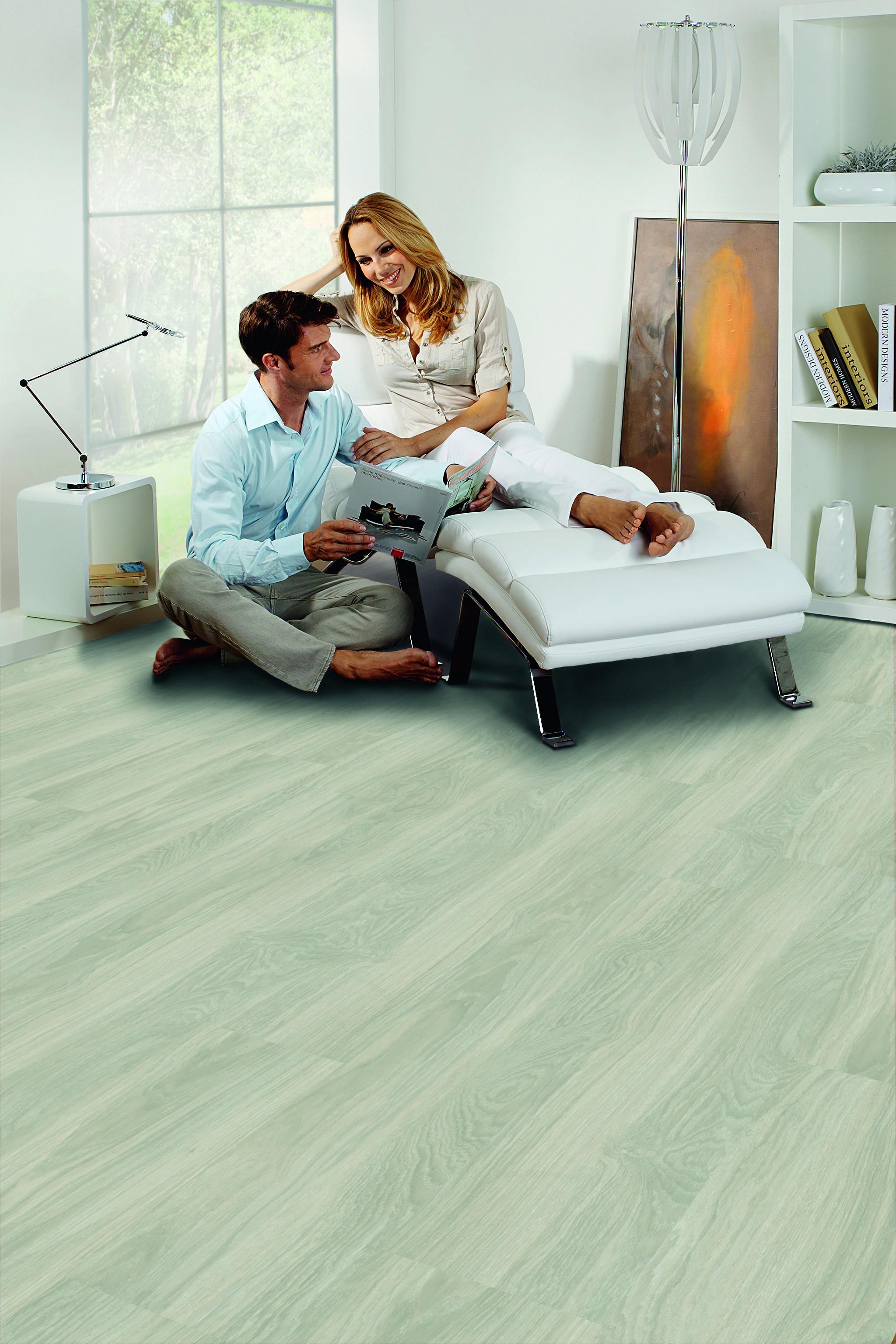 vintage erscheinungsbild vinylboden kleben vinylboden raumtrend hinze. Black Bedroom Furniture Sets. Home Design Ideas